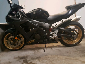 ** NEW PRICE 2009 Yamaha R6S only 3,000km***