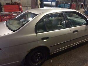 Honda Civic 2001 1000$nego Saguenay Saguenay-Lac-Saint-Jean image 3
