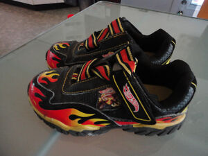 Running shoes Hot wheels - Taille 12 - garcon