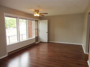 Central 2 Bedroom Apartment Available May