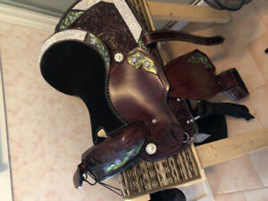 """Brand new leather 15"""" western show saddle and new helmet"""