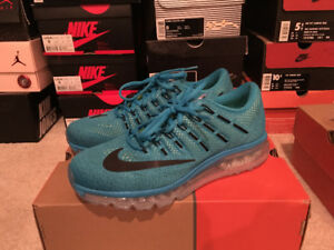 Nike Air Max 2016 running shoes in size 9 US
