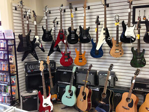 ELECTRIC, BASS AND ACOUSTIC GUITARS THAT ALL RANGE IN PRICE Kingston Kingston Area image 1