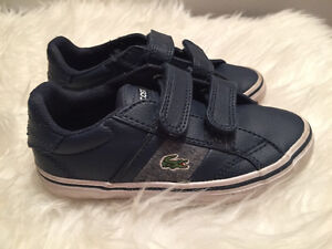 wow shoes lacoste for boy size 8 -9 like new