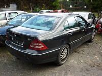 MERCEDES C220 AVANTGARDE 2003 - *BREAKING*