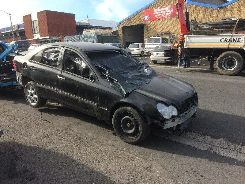 BENZO PARTS NOW STRIPPING: 2003 MERCEDES-BENZ C240 V6 AUTO ELEGANCE W203