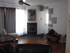 4 1/2 house in laval / maison  a chomedey