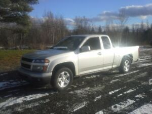 2011 CHEVROLET CANYON !! BRAND NEW WINTER TIRES !!