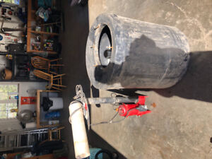 Sump Pump with Tank and Cover