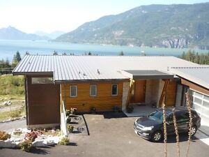 ready to move in very nice 2 Bedroom Suite 30 Min from Vancouver