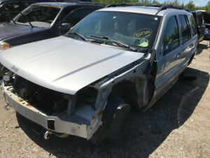 2004 Jeep Grand Cherokee ** FOR PARTS ** INSIDE & OUTSIDE **
