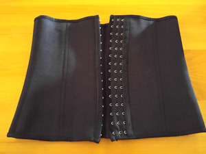 2 WAIST TRAINERS SIZE MEDIUM FOR SALE!!!!!