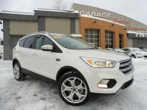 Ford Escape TITANIUM 4x4 ECOBOOST EN RÉPARATION!!! 2017