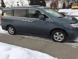2011 Nissan Quest VS Minivan, Van