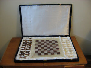 Onyx Marble Chess Set With Velvet Case