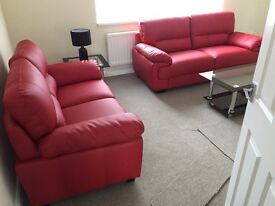 2 bedroom top floor flat, newly redecorated