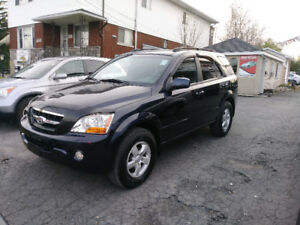 2009 Kia Sorento 4WD 3.3L LX loaded