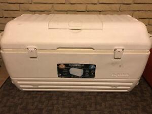 Igloo - Max cold Premium Cooler 156 L