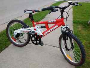 Great Condition CCM Full Suspension XR2 Bike