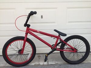 Red Miraco BMX (2011)