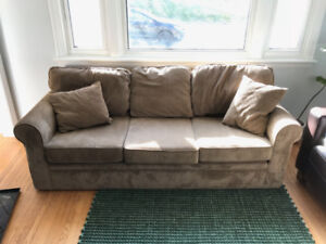 Free couch in good condition