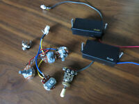 2 Pickups EMG, potentiomètres, toggle et jack chinois