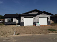 FOR SALE IN CARLYLE - SE SASKATCHEWAN - 2 CENTENNIAL PLACE