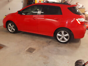 Mint 2009 Toyota Matrix XR AWD.....Only 104,000 Km's.