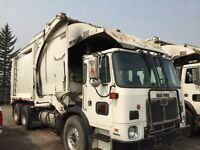2009 AUTOCAR FRONTLOAD GARBAGE TRUCK(x-city)