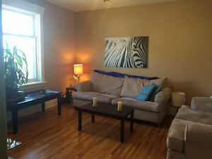 Room close to downtown for rent May 1st