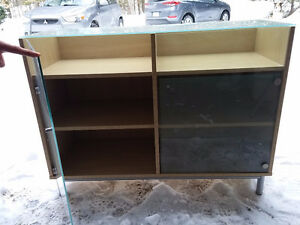 Cabinets Glass/Wood
