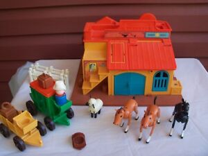 Vintage 1982 Fisher Price Western Town with accessories!