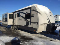 2012 Cougar High Country 321 RES Travel trailer