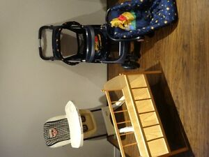 Lot of 4 -High Chair Graco), Stoller, Car Seat, Crib (all toys) West Island Greater Montréal image 1
