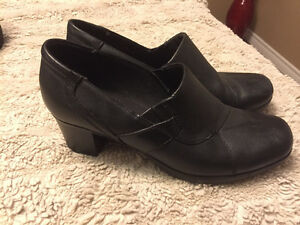 Various boots, Clark shoes & heels for sale size10 - $20.00 each St. John's Newfoundland image 3