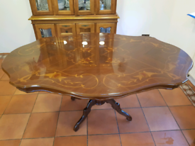 Very good condition Italian Dining Table - £50