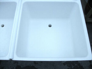 White Double Sink Freestanding Laundry Room London Ontario image 3