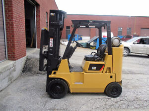 Caterpillar forklift 8000LB capacity with side shift