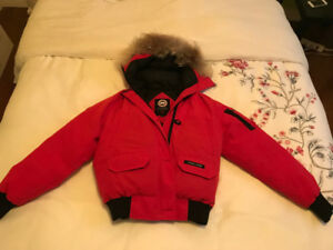 canada goose red size s