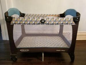 Graco pack n play with bassinette and change table