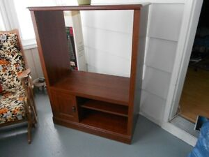 TV Cabinet (will deliver in Moncton area)