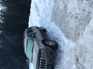 2000 Jeep Grand Cherokee SUV, Crossover