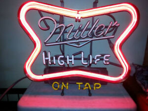 Beer Lights, Neon and Other Vintage Mancave Decor for Sale