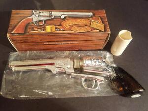 Avon Colt Revolver Cologne