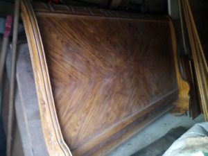 sleigh bed King-size headboard$8o