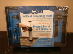 Instyle cookie and decorating press