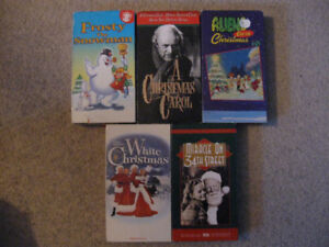 5 Christmas vhs tapes for $5