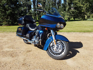 Ultimate touring motorcycle