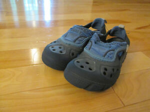 Crocs taille 10