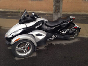 Can am spider  2008. 7000$$